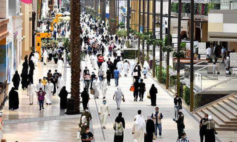 600,000 Dinars Spend At Shopping Malls On First Day After Re-open